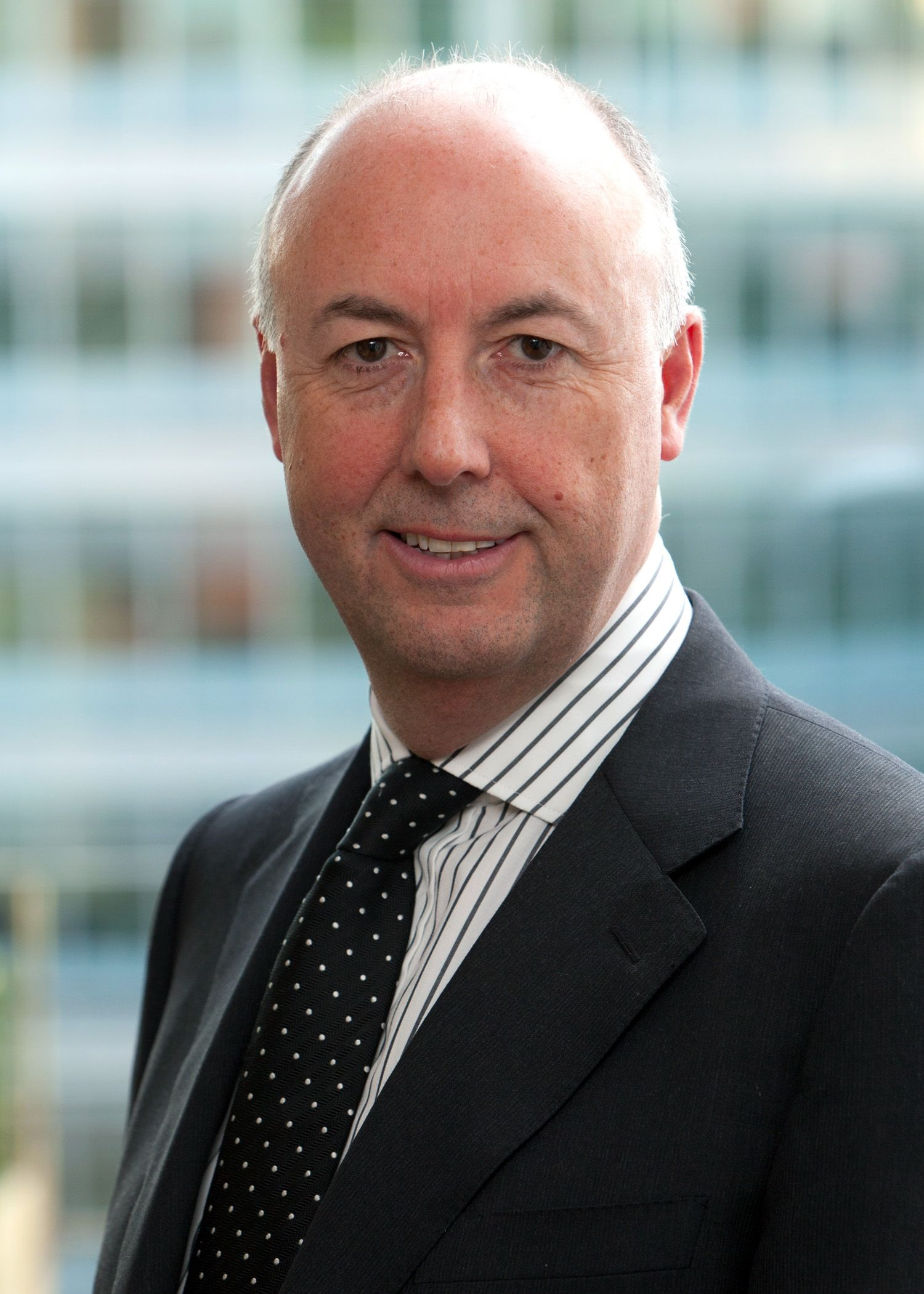 Headshot photo of Ian Tranter
